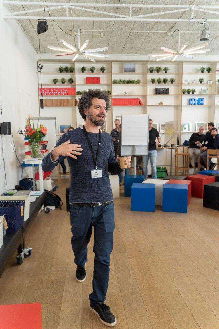 Rod Ban Zeef Faculty/ facilitator THNK