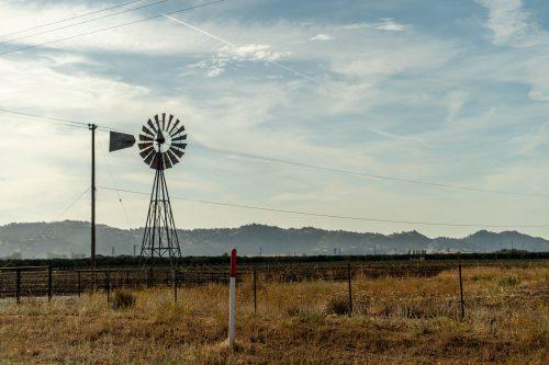 Windmolen in de velden van amerika