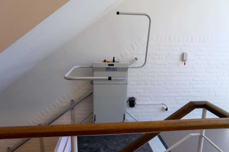 Productfotografie rolstoellift, traplift door Marald Bes, AnyMotion Alphen aan den Rijn