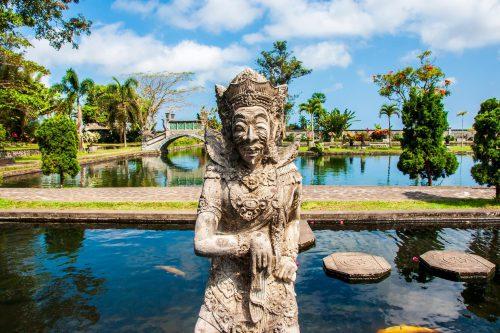 Statue Tirtagangga